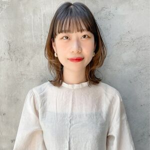 ヘアサロン:dydi表参道 / スタイリスト:塩島 梓美のプロフィール画像