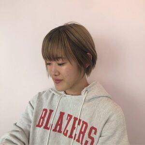 スタイリスト:Thema 下北沢/AOI