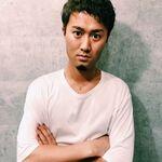 スタイリスト:佐俣賢太郎