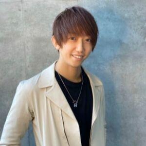 ヘアサロン:youres hair / スタイリスト:花岡哲平