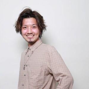 ヘアサロン:ROUGE 目白台 / スタイリスト:ROUGE目白台店  高井 亮昌のプロフィール画像