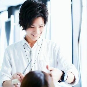 スタイリスト:AXY新宿  假屋のプロフィール画像
