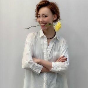ヘアサロン:トータルビューティーサロン美容室YUiMA / スタイリスト:ナルミ