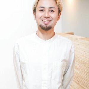 ヘアサロン:rewo hair&make / スタイリスト:佐藤 慎哉