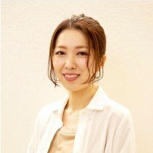 スタイリスト:自由が丘+ONE 水野郁子