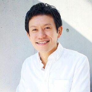ヘアサロン:Agnos 青山 / スタイリスト:上遠野裕樹(カトオノヒロキ)