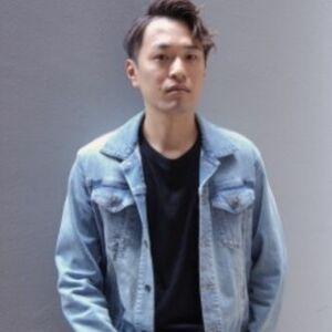 スタイリスト:mixer 松田航太