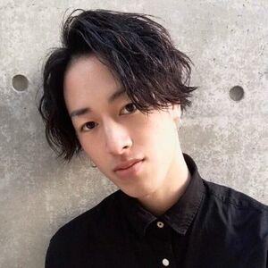 ヘアサロン:Zina 梅田 / スタイリスト:堀尾 元輝のプロフィール画像