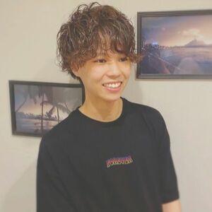 ヘアサロン:Zina SHINJYUKU / スタイリスト:Zina新宿✂️神林友樹のプロフィール画像