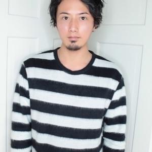 スタイリスト:齋藤純也