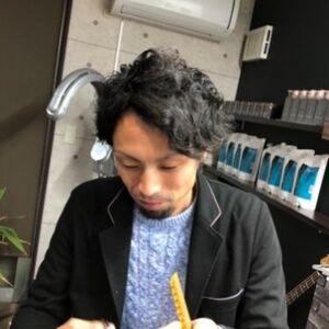 スタイリスト:釧路 es for menトモキ
