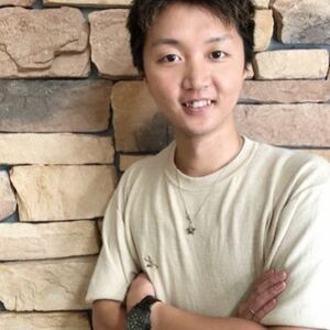 ヘアサロン:felice / スタイリスト:上岡 星矢のプロフィール画像