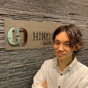 ヘアサロン:HIRO GINZA 田町店 / スタイリスト:上口雄大