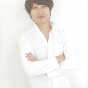 スタイリスト:宮本伸一 (shin)関西美容師