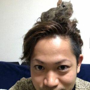 スタイリスト:Kiyoshi