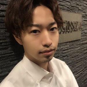 ヘアサロン:HIRO GINZA 銀座一丁目店 / スタイリスト:阿曽真樹