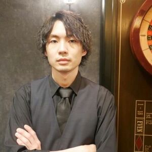 ヘアサロン:HIRO GINZA 田町店 / スタイリスト:大橋右京
