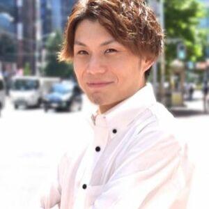 ヘアサロン:HIRO GINZA 新橋銀座口店 / スタイリスト:村上諒