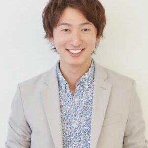 スタイリスト:堀江 タカヒロ