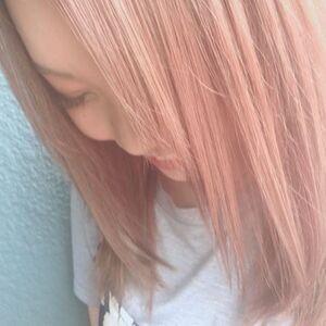 スタイリスト:新倉佑奈のプロフィール画像