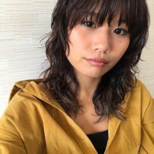 スタイリスト:大阪 内外美容師 坂東花菜子