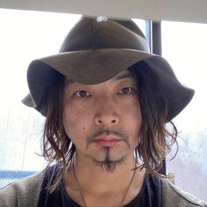 ヘアサロン:POOL / スタイリスト:本山 貴士のプロフィール画像