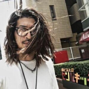 ヘアサロン:a Gland 梅田本店 / スタイリスト:山口 ユーヤのプロフィール画像