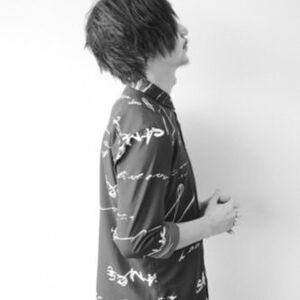 ヘアサロン:Tribute / スタイリスト:田中祐樹