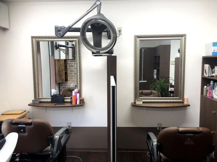 ヘアケアサロン・ユーシャイン美容室の内観の画像