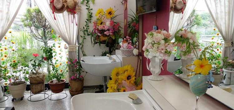 イチマルナナ理容室の画像