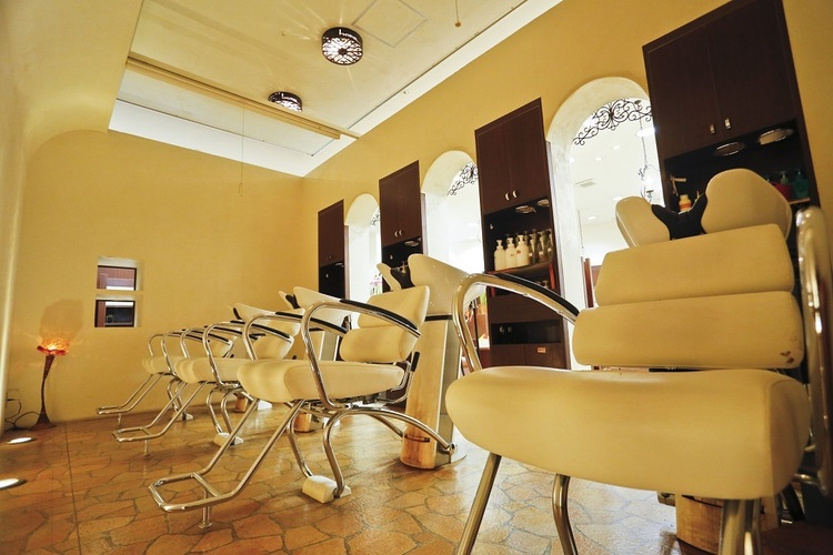 HAIR WORKS bona ウニクス上里店の画像