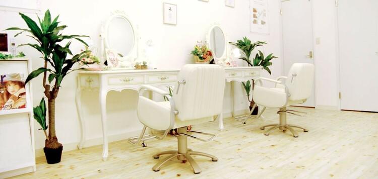 美容室 ブルーム【bloom】ミルフィーユ店