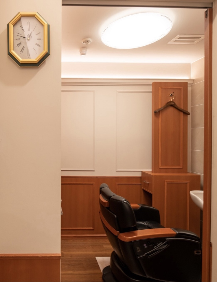 Y'S BARBER ginza lounge