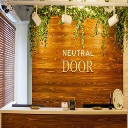 NEUTRAL DOORのその他の画像