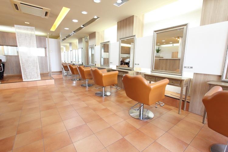 HAIR COLOR CAFE神戸六甲店の画像