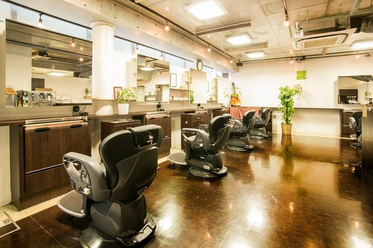 ハンサム Classic 浦和西口店の画像